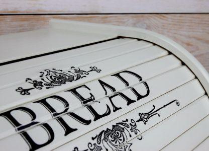 kremowy chlebak